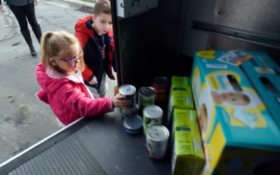 School Teaches Youngsters to Give the Gift of Kindness
